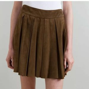 Alice + Olivia Green Suede Skirt Pleated